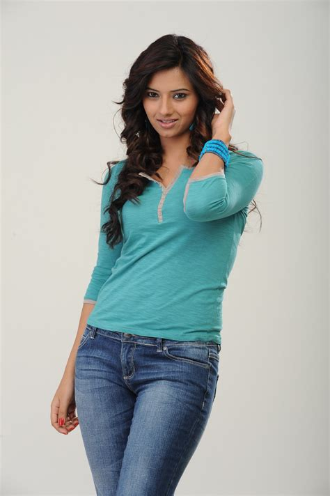 telugu actress hot jeans telugu heroine isha chawla photoshoot in jeans and hot