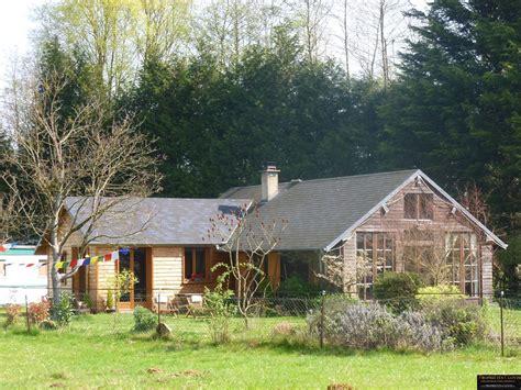 chalets d habitation 28 images chalet d habitation avec tang sur 4 ha et installations