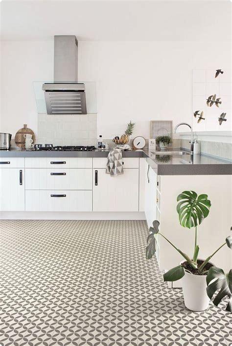 cushion floor vinyl kitchen flooring cushioned flooring for kitchens kitchen design ideas 8526