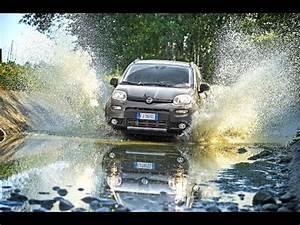 Nouvelle Fiat Panda : nouvelle fiat panda 4x4 et city cross youtube ~ Maxctalentgroup.com Avis de Voitures