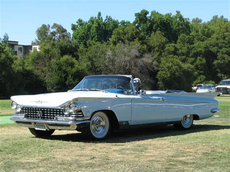 BUICK ELECTRA - 537px Image #11