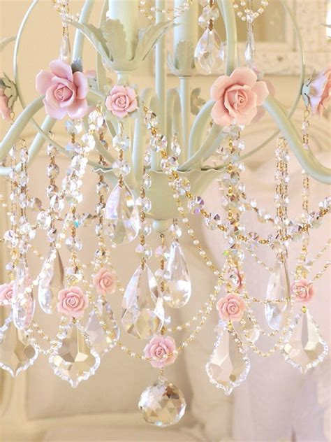 Girly Chandelier by Shabby Chic Revista Metropole