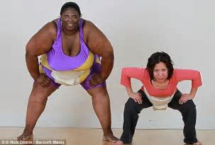 Britain S Only Female Sumo Wrestler Stays In Shape Eating Calories A Day Daily Mail Online