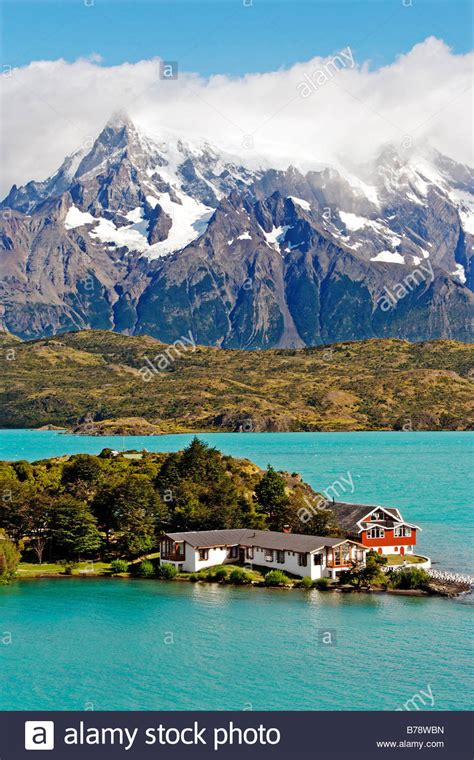 lodge hosteria pehoe  lake pehoe torres del paine