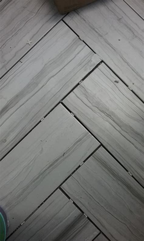 light tile with dark grout help dark or light grey grout for floor tiles