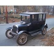 1925 Ford Model T Sedan For Sale