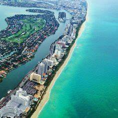 Aerial view of Bakers Haulover Inlet (Bal Harbour, Florida ...