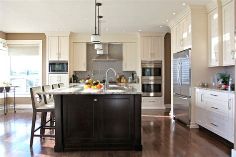 White Vinyl Chairs by 10 Black Wood Kitchen Cabinets Designs
