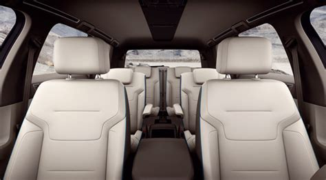 volkswagen crossblue diesel plug  hybrid mit  sitzen