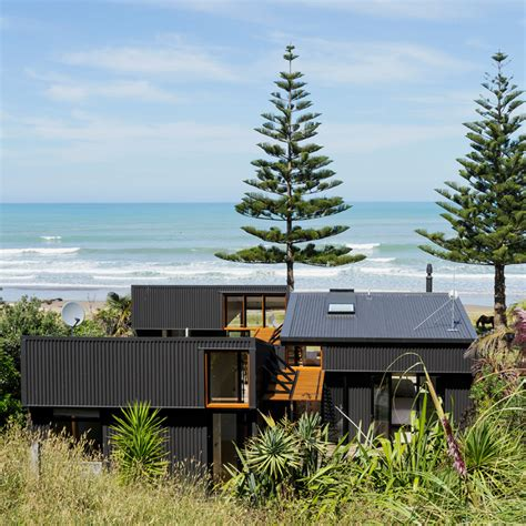House For A Family In New Zealand by Offset Shed House In New Zealand By Irving Smith Architects