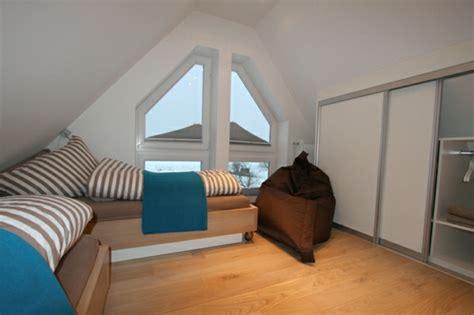 rangement chambre mansard馥 idee rangement chambre mansardee solutions pour la décoration intérieure de votre maison