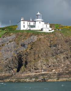 Blackhead Lighthouse  U00a9 Rossographer    Geograph Britain