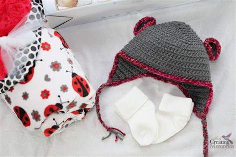 Easy Bear Crochet Baby Hat Pattern + New Mom Gift Basket Baby Blankets Sewing Ideas Babies Safe Swaddle Blanket Wrap Pattern Aden Anais Duke Express Purcell Ok Language Of The Robe American Indian Trade Diy