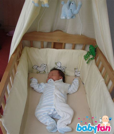 Kissen Für Babybett by Babybett Test Babyfan De