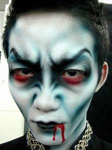 Gruselige Hexe Schminken : halloween schminke als zombie auf der halloween party make up pinterest halloween ~ Frokenaadalensverden.com Haus und Dekorationen