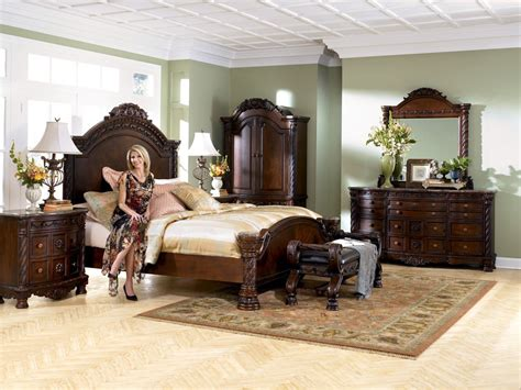 buy shore panel bedroom set by millennium from www