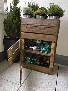 Cd Regal Aus Weinkisten : altflaschen in einem regal aus alten weinkisten verstauen ~ Michelbontemps.com Haus und Dekorationen