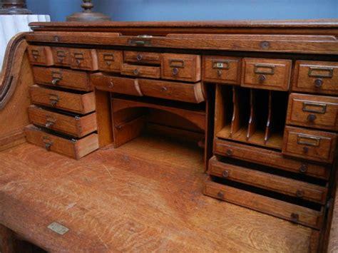 bureaux anciens bureau ancien quot américain quot à 29 tiroirs
