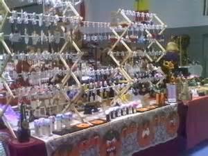 christmas ornament display some halloween craft show displays pinterest
