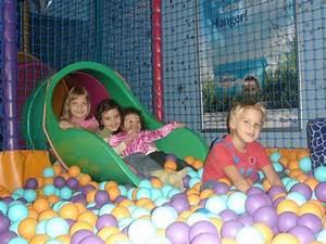 Indoor Aktivitäten Kinder : kids planet indoor spielpl tze top10berlin ~ Eleganceandgraceweddings.com Haus und Dekorationen