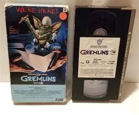 gremlins vhs  warner home video rare rental  barcode