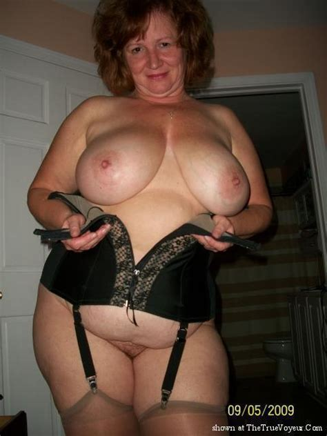 23  Porn Pic From Granny Mature Oma In Bra Or Lingerie