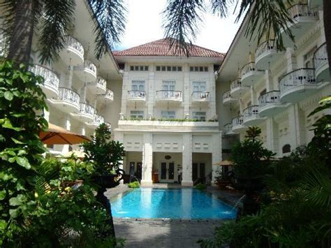 phoenix hotel yogyakarta elegant colonial architecture