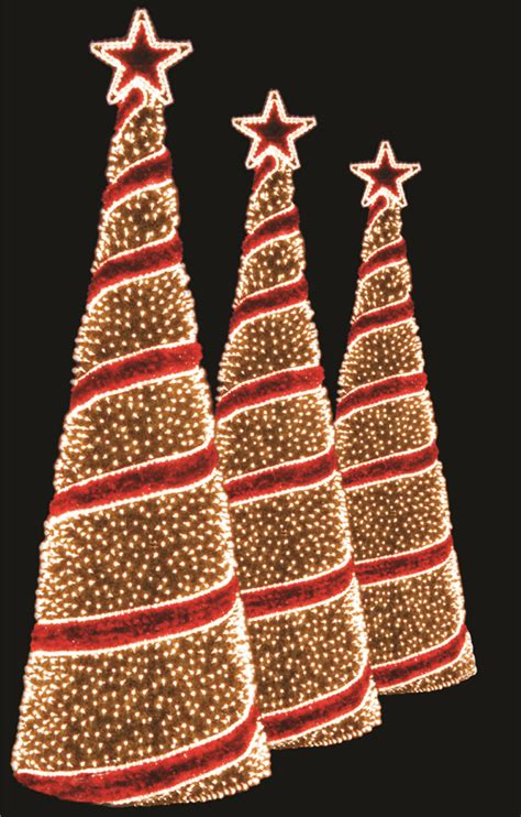 Spiral Lighted Christmas Trees Outdoor by Custom Holiday Decorations Expert Outdoor Lighting Advice