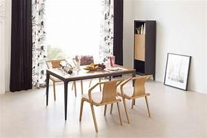 Salle A Manger Design : table de repas vintage scandinave noire et bois toss dewarens ~ Teatrodelosmanantiales.com Idées de Décoration