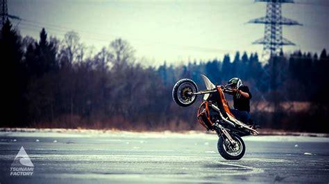 Winter Crazy Stunt On Ice