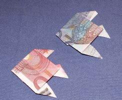 fische aus geld basteln geldschein falten fisch