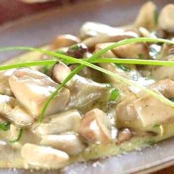 Kā pagatavot porcini sēnes krēmīgā mērcē: garšīgu sēņu ...