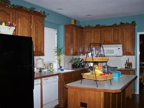 ideas to re cover my kitchen chairs how much curtains
