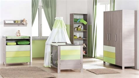 chambre bébé verte davaus chambre bebe gris vert d eau avec des idées