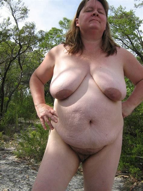Nude Fat Grannies Who Love Nudism And Naturism Chubby