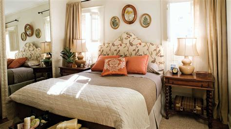 welcoming room gracious guest bedroom decorating ideas