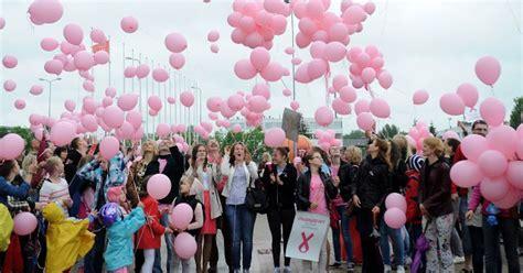 25. maijā - krūts veselības diena pie Brīvības pieminekļa ...