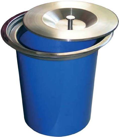 poubelle cuisine encastrable dans plan de travail 1000 images about accessoires pour la cuisine on
