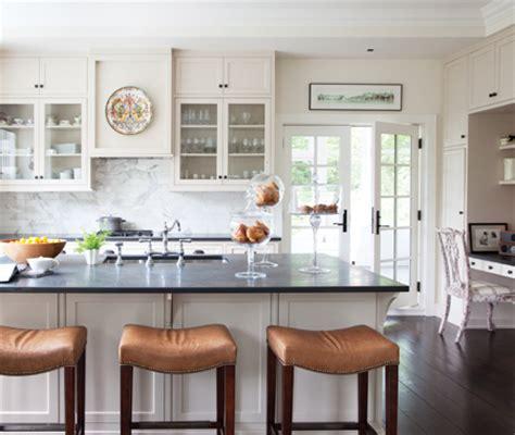 cuisine classique blanche photos style classique et traditionnel maison et demeure
