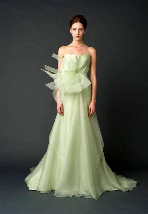 wedding dresses  trends extravagant wedding dresses