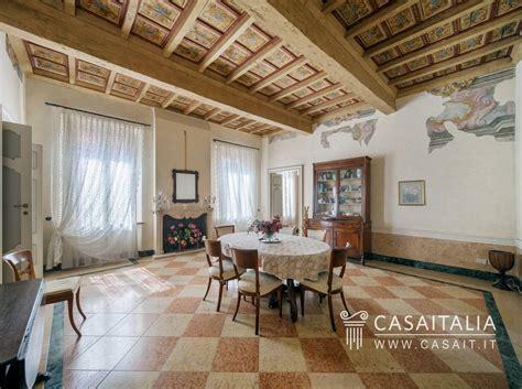 Appartamenti In Vendita Mantova appartamento con terrazzo in vendita a mantova