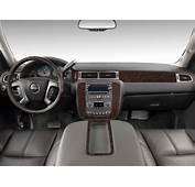 Image 2011 GMC Yukon XL 2WD 4 Door 1500 Denali Dashboard