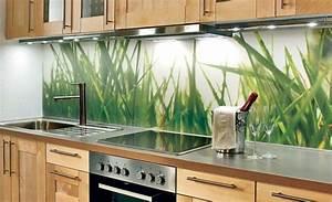 Glas Wandpaneele Küche : k chenr ckwand aus glas 26 coole beispiele ~ Markanthonyermac.com Haus und Dekorationen