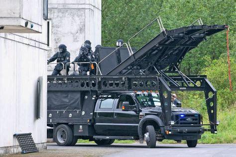 geheimer monster truck ford   der elitepolizei