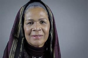 'Women Shal... Amina Wadud Quotes