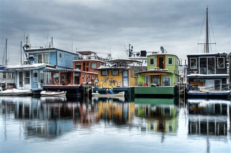 Living On A Boat In Seattle by