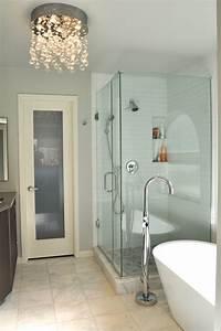 Kronleuchter Für Badezimmer : badezimmer beleuchtung die aufmerksamkeit verlangt ~ Markanthonyermac.com Haus und Dekorationen