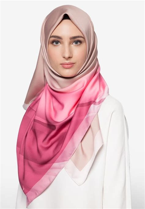 zsalsadil hijup    beautiful hijab shawl