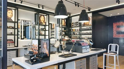 Welcome to the wired coffee bar loyalty program & rewards! Bobbi Brown's First LA Beauty Boutique Has Its Own Coffee Bar - Racked LA