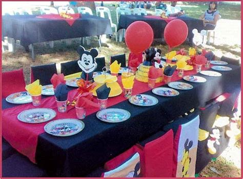 Mickey Mouse Decorations by Decoration De Table Mickey
